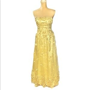 Yellow Floral Pearl Accent Formal Gown Sz 3